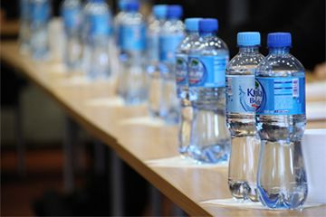 The current trend of packaging in water bottle industry